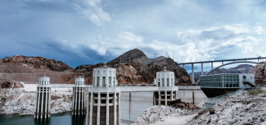 Hoover Dam begins transmitting electricity to Los Angeles